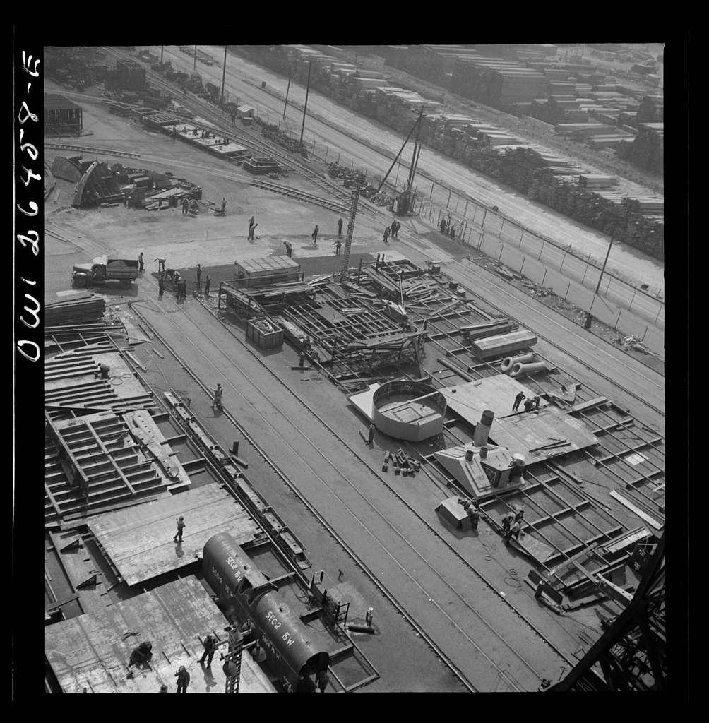 Bethlehem-Fairfield shipyards, Baltimore, Maryland. Part of the shipyard