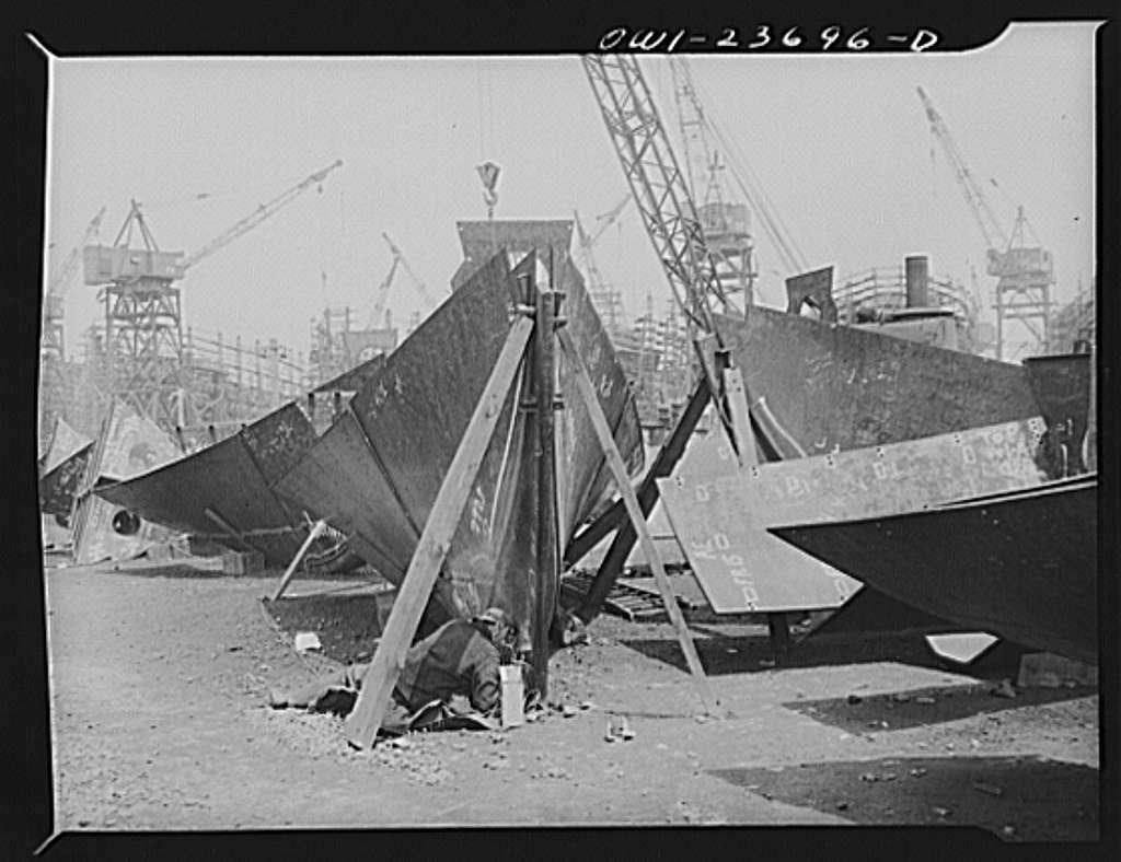 Bethlehem-Fairfield shipyards, Baltimore, Maryland. Welding a stem assembly