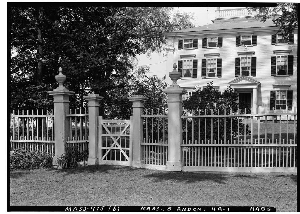 Dr. Thomas Kittredge House & Fence, 114 Academy Road, North Andover, Essex County, MA