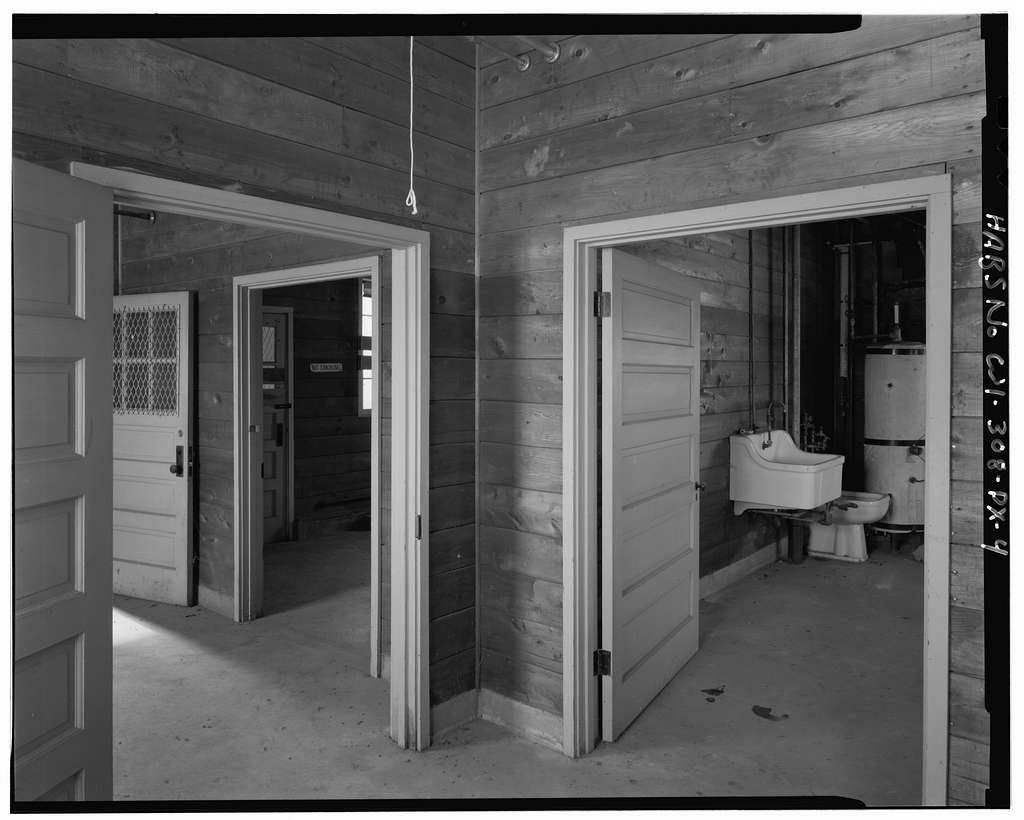 """Fort McCoy, Building No. T-10112, South of Intersection of South Eighth Avenue & South """"X"""" Street, Block 10, Sparta, Monroe County, WI"""