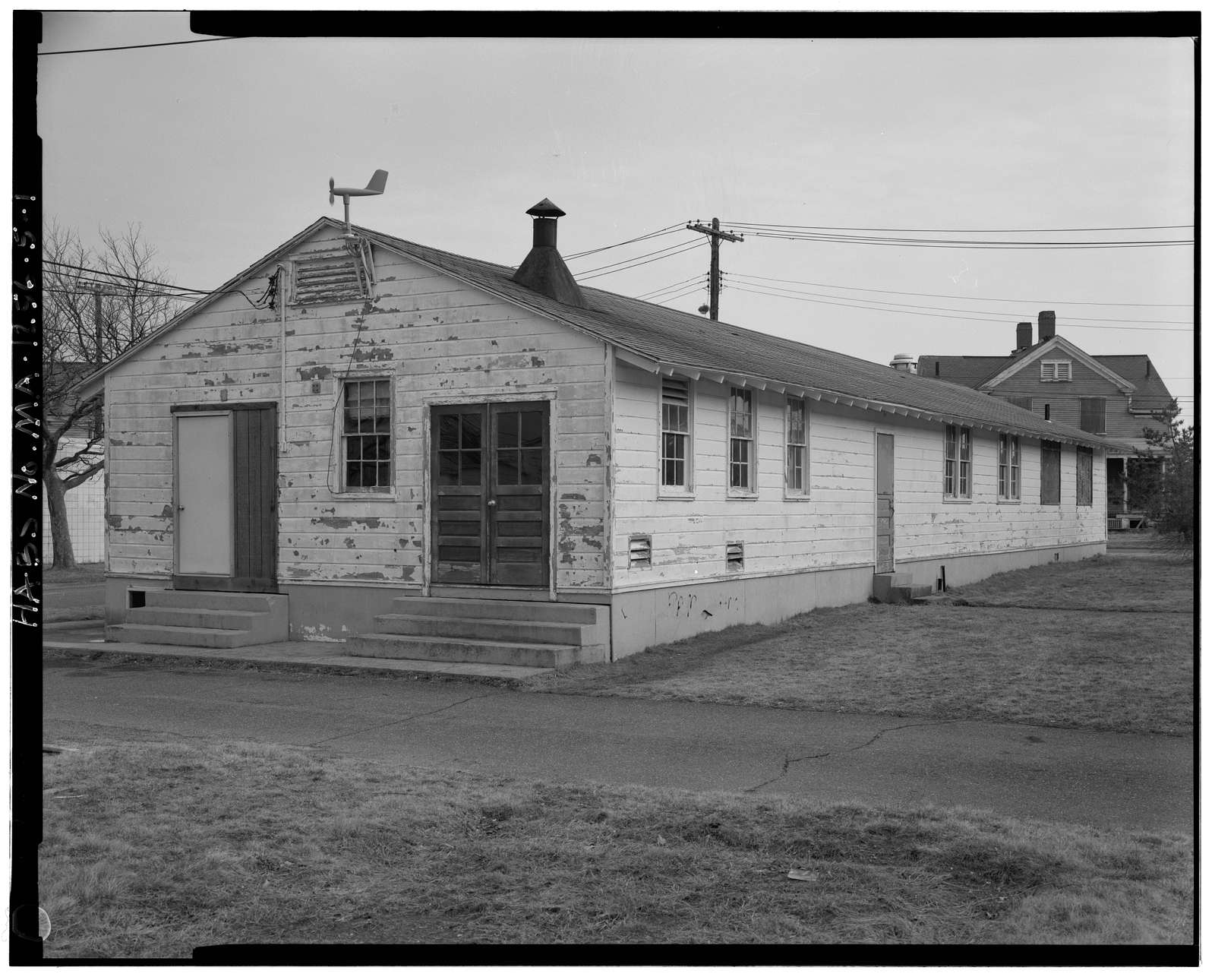 Fort Rodman Military Reservation, Mess Hall, Adjacent to enlisted men's barracks, New Bedford, Bristol County, MA