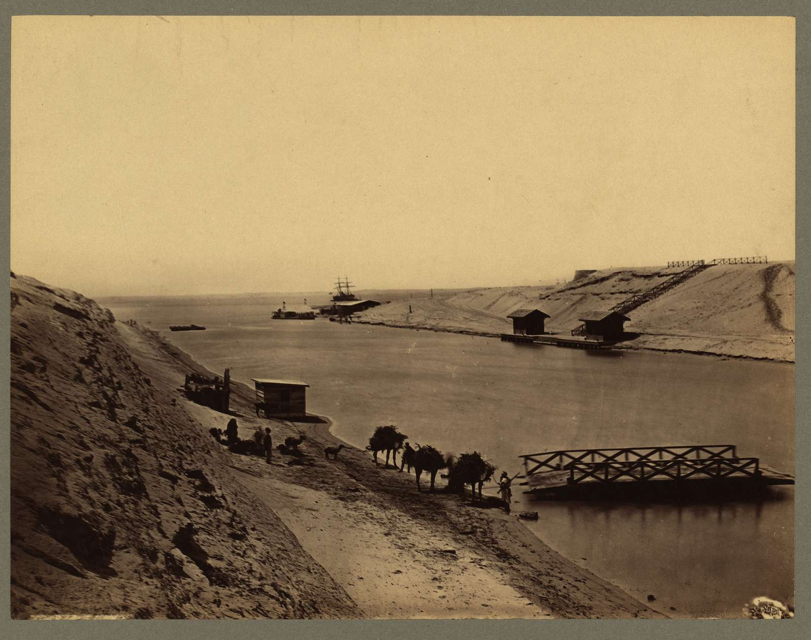 Egypt - Suez Canal - Lake Timsah, from opp. the chalet