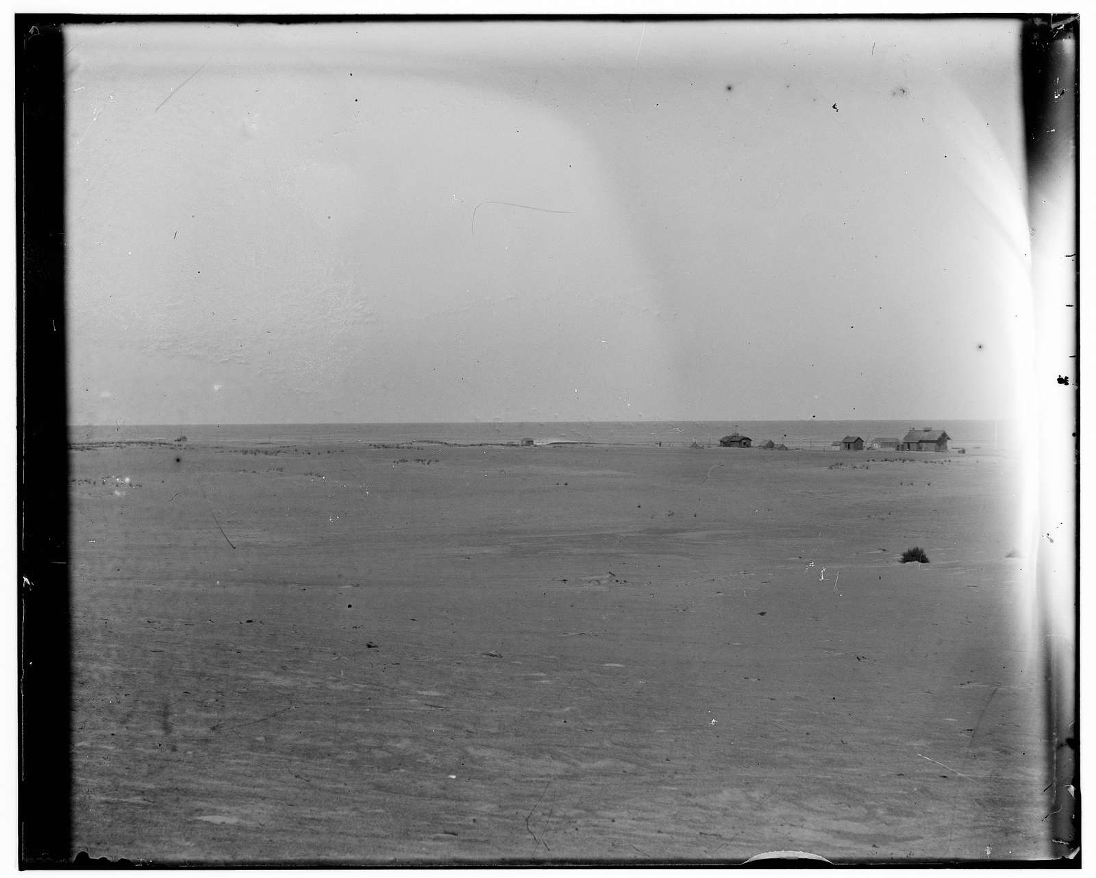 [Long-range view of the Kitty Hawk Lifesaving Station and Weather Bureau Station]