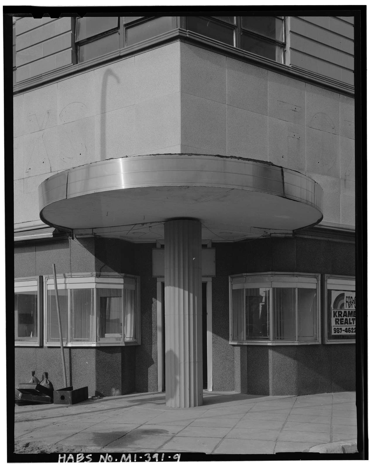 Fox Building, 107-111 Huron Avenue, Port Huron, St. Clair County, MI