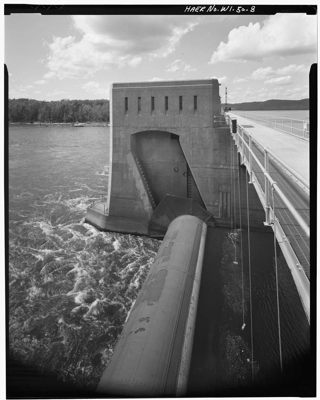 Upper Mississippi River 9-Foot Channel, Lock & Dam No. 9, Lynxville, Crawford County, WI