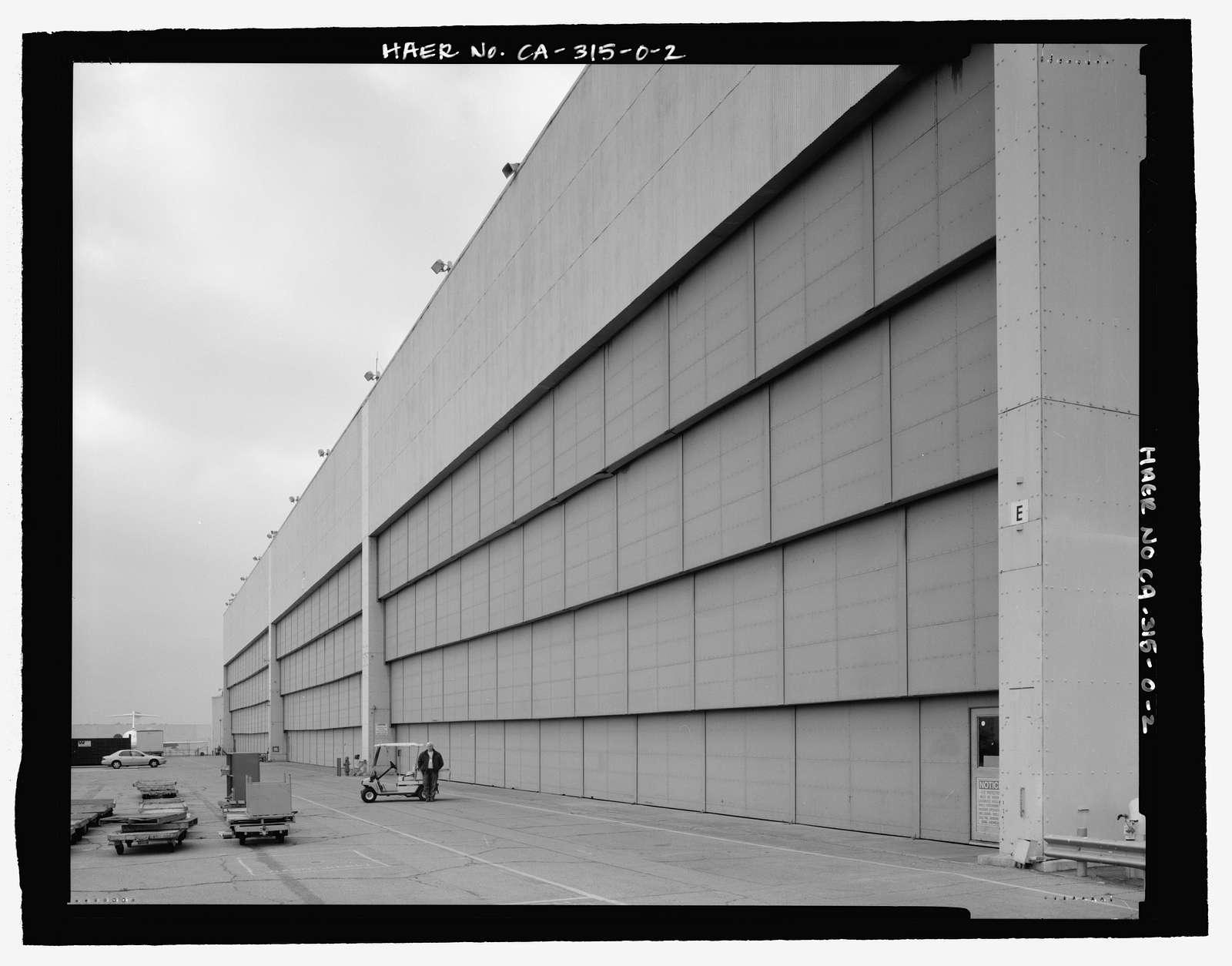 Douglas Aircraft Company Long Beach Plant, Aircraft Hangar, 3855 Lakewood Boulevard, Long Beach, Los Angeles County, CA